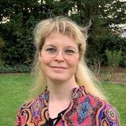 dr. Jacqueline Van De Walle